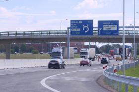 Nový úsek D11 do Hradce