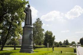 Socha Felixe Dzeržinského v moskevském parku Muzeon