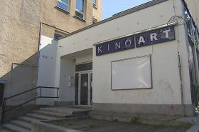 Opravy kina Art komplikuje azbest