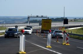 Omezení na dálnici D8