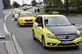 Protestní jízda taxikářů