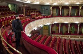 Seriál Dobru, pravě, kráse o historii Divadla na Vinohradech