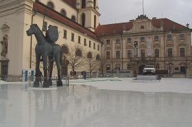 Vánoční kluziště na Moravském náměstí