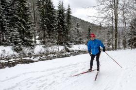 Běžkaři mohou vyrazit na desítky kilometrů upravených tratí