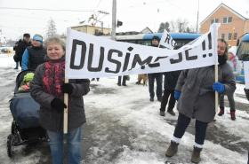 Demonstrace za dostavbu Rudné
