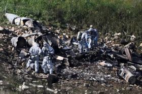 Izraelské bezpečnostní složky u trosek stroje F-16