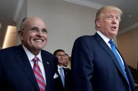 Rudi Giuliani se stal členem Trumpova týmu právníků
