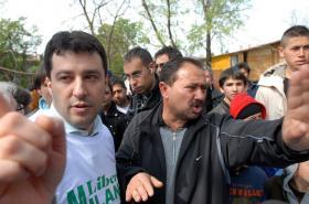 Matteo Salvini navštívil romskou osadu u Milána