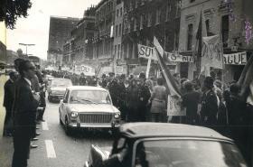 Protest proti invazi v Londýně v roce 1968