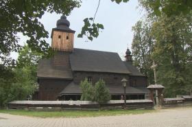 Dřevěný kostel v Rožnově pod Radhoštěm je v péči restauratérů