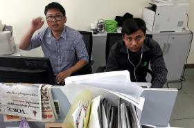 Novináři Wa Lone a Ťjo Sou U