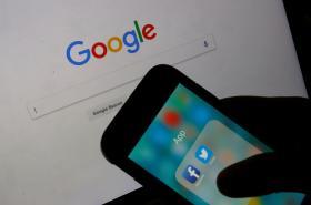 Google, Facebook a Twitter