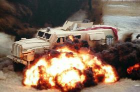 Test MRAPu Cougar HE proti minám