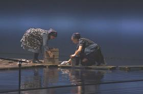 Káťa Kabanová je jednou z nejnáročnějších inscenací, jeviště je při ní zalité vodou