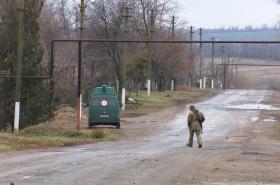 Vesnice Pavlopil na východní Ukrajině blízko válečné fronty