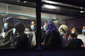 Migranti zachycení policií v kamionech na Plzeňsku v únoru 2018