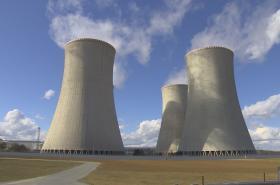 Chladící věže Jaderné elektrárny Dukovany