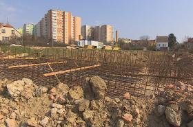 Místo domů staveniště
