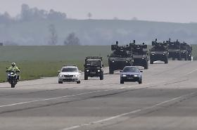 Ukázka předjíždění vojenské kolony