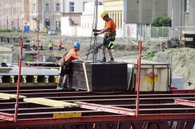 Stavba nového mostu v Komenského ulici v Olomouci