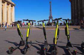 Elektrokoloběžky v Paříži