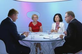 Otázky Václava Moravce s ministrem Petříčkem, eurokomisařkou Jourovou a europoslankyní Konečnou