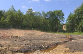 Stavba vodní nádrže v Lamperticích