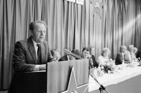 Miloš Jakeš hovoří v Červeném Hrádku
