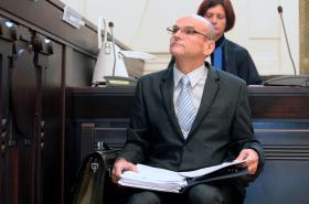 Soudce Ivan Elischer na lavici obžalovaných