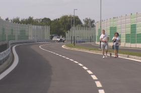 Prodloužená Mostní odvede tranzitní dopravu z centra Hrabové