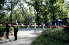 Policie na místě vraždy Zelimchana Changošviliho