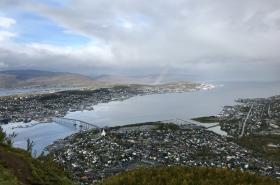 Výhled ze stanice lanovky Fjellstua
