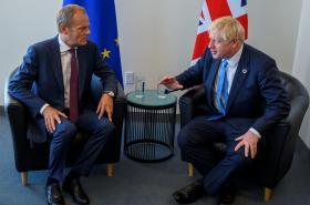Donald Tusk a Boris Johnson