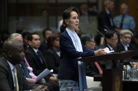 Su Ťij u Mezinárodního soudního dvora v Haagu