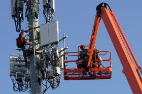 Instalace zařízení kvůli 5G sítím v USA