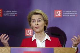 Šéfka Evropské komise Ursula von der Leyenová na návštěvě Londýna