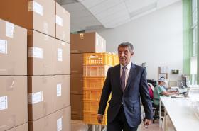 Premiér Andrej Babiš (ANO) navštívil společnost Batist Medical