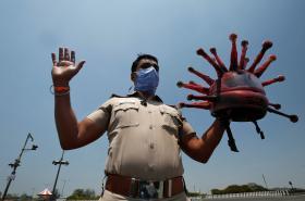 Mimořádná opatření související s koronaviry postihla celou Indii