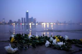 Wuhan se po čtvrt roce pomalu vrací k běžnému životu