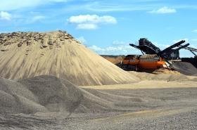Těžba štěrkopísku