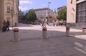 Výsuvné sloupky v centru Brna