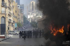 Protestující se střetávají s libanonskou policií