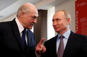 Alexandr Lukašenko a Vladimir Putin na snímku z února 2019