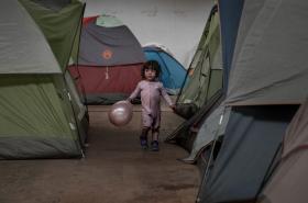Dítě na mexicko-americké hranici
