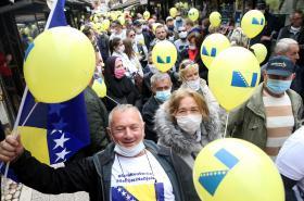 Protest proti korupci a zpožděným volbám (Sarajevo, květen 2020)