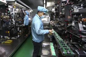 Výroba lithiových baterií v čínském Huabei