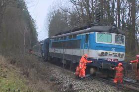 Nakolejování havarovaného vlaku
