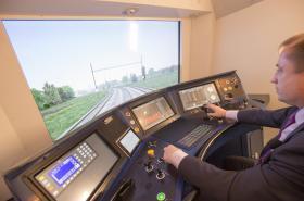 Simulátor pro výcvik strojvůdců