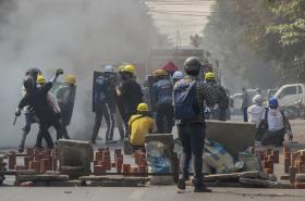 Protesty v Mandalaji