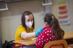 Návrat dětí do školy a antigenní testování